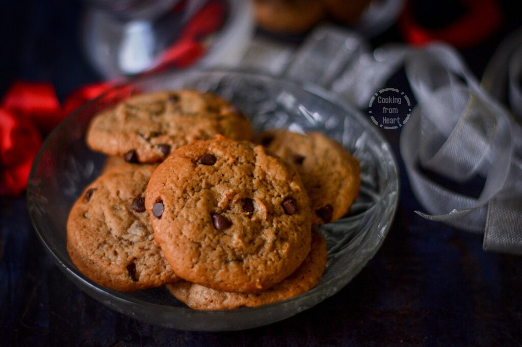 Eggless Chocolate Chip Cookies | Easy Choco Chip Cookies