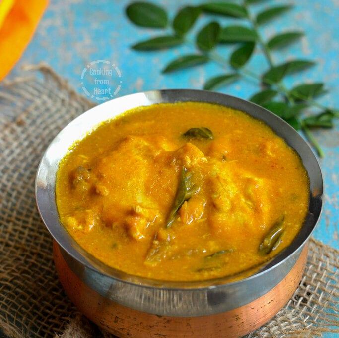 Udaitha Muttai Kuzhambu   Egg Drop Curry